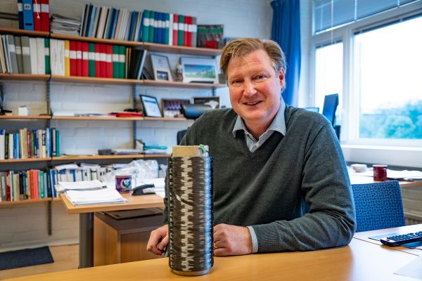 Leif Asp, Professor in Lightweight composite materials and structures at Chalmers University