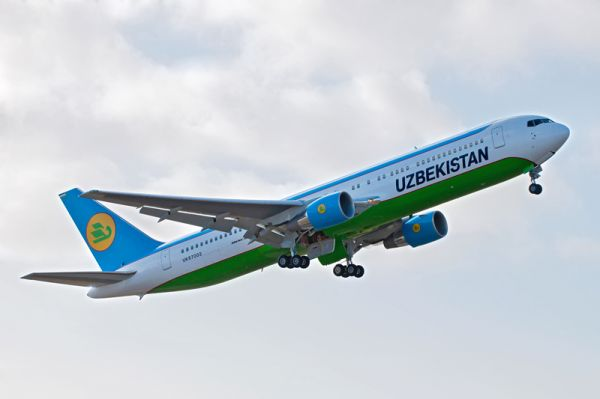 Uzbekistan Boeing 767-300ER