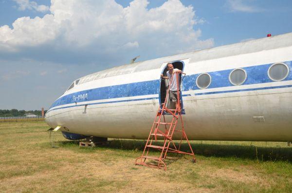 Tu-134AK der Staatssicherheit