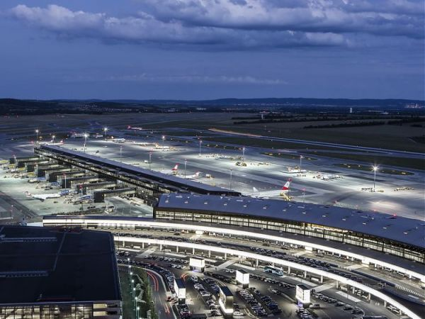 VIE Terminal 3 (Skylink)