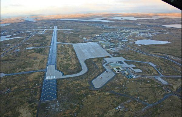 Militärbasis Mount Pleasant auf den Falkland-Inseln