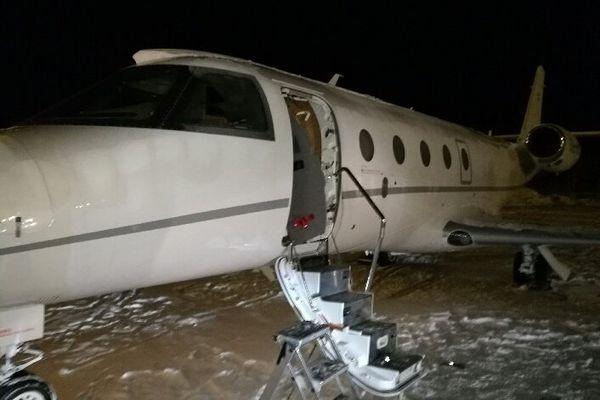 Deutscher Pilot von Flugzeugtür erschlagen