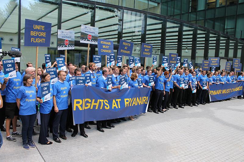 Billigflieger: Ryanair-Crews streiken in sechs Ländern