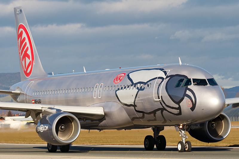 Niki Lauda bietet um Fluggesellschaft Niki - Ryanair verabschiedet sich