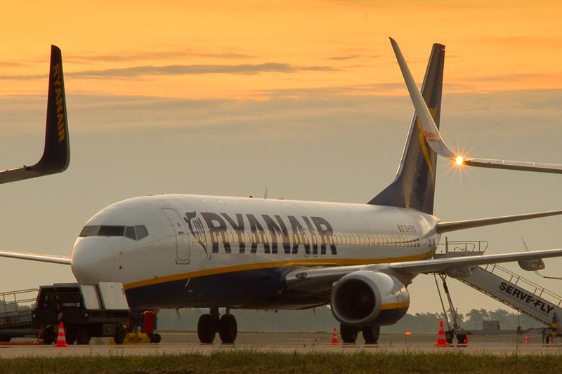 Frankfurt: Ryanair-Maschine unterbricht Flug - 33 Verletzte