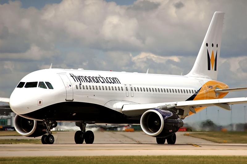 Briten-Airline Monarch pleite | 110 000 Passagiere im Ausland gestrandet