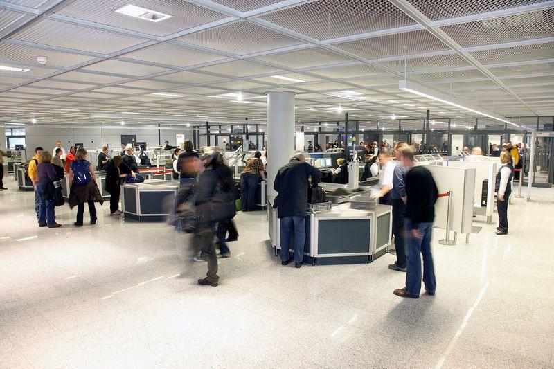 Sicherheitspersonal an Flughäfen - Einigung erzielt und Warnstreiks vom Tisch